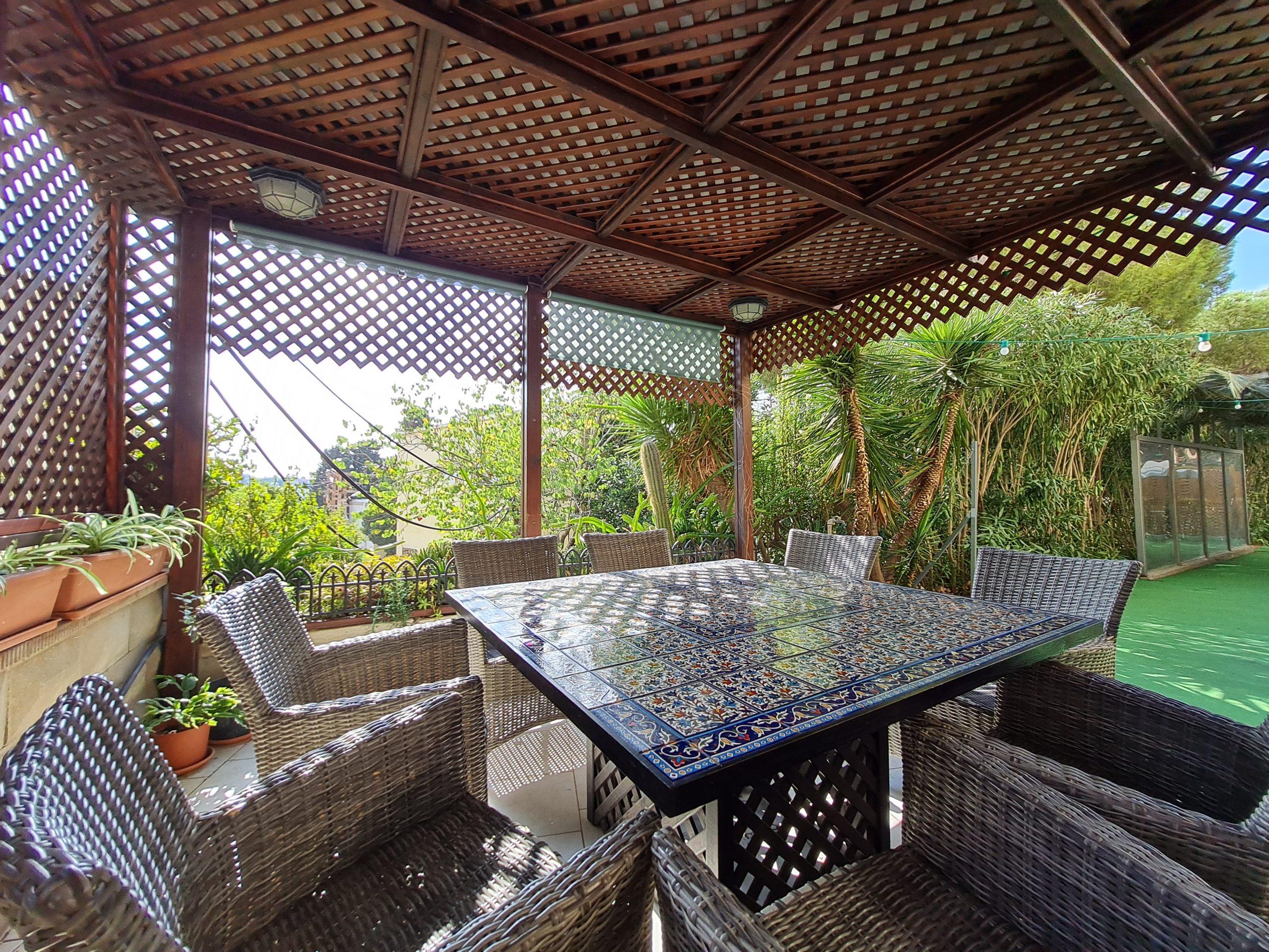 Beth-Shalom_Garden-Sitting
